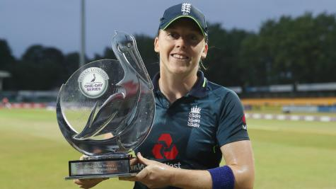 Heather Knight and BCCI lead sport's coronavirus goodwill gestures