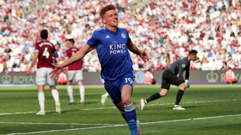 Late Leicester leveller floors West Ham