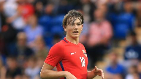 Sheffield United sign Sander Berge for club-record fee