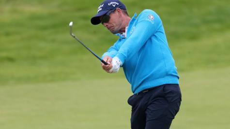 Stenson makes early move towards Open leaders